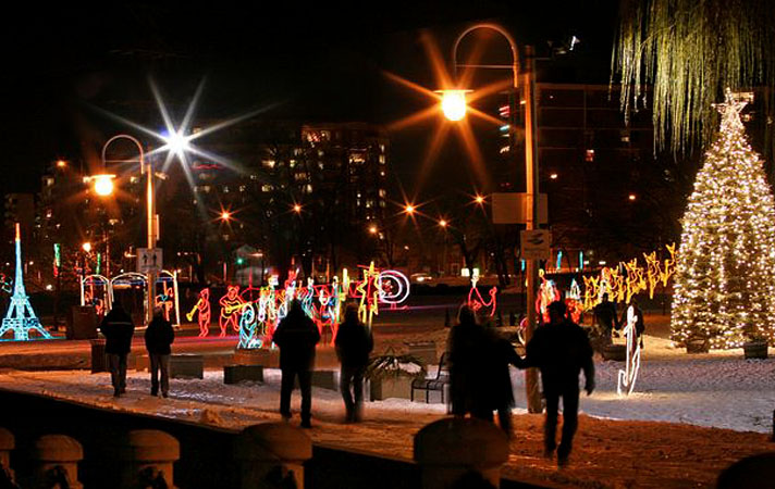 Burlington 2017 Festival of Lights & Candlelight stroll